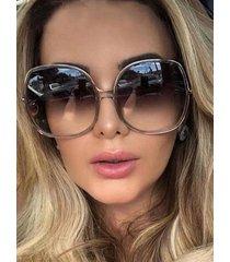 gafas de sol vintage con montura redonda
