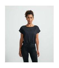 camiseta cropped esportiva manga curta em poliamida com amarração na barra | get over | preto | g
