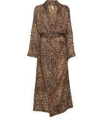 leonora robe morgonrock brun underprotection
