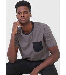 camiseta ...lost correntes cinza - cinza - masculino - dafiti