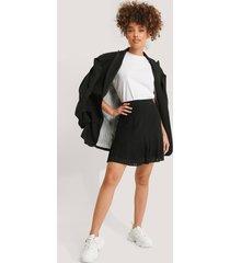 na-kd trend pleated bottom skirt - black