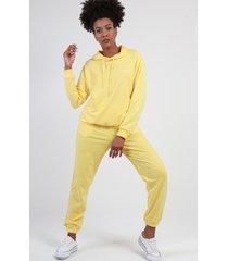 conjunto con capucha liso amarillo night concept