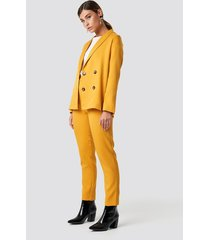 na-kd classic fitted suit pants - yellow