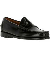 mocasin cuero prada negro hush puppies