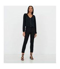 blusa em crepe lisa com botões de pérola | a-collection | preto | m