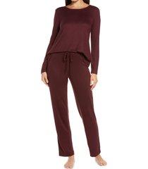 women's natori fleece pajamas, size small - burgundy