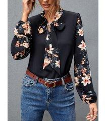 camicetta a maniche lunghe con collo a fiocco con stampa floreale per donna