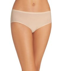 women's chantelle lingerie soft stretch seamless hipster panties, size one size - beige