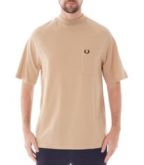 fred perry laurel wreath two tone pique t-shirt |camel| m6333-671
