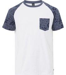 t-shirt levon