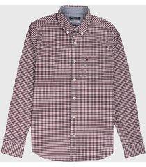 camisa vinotinto-blanco nautica