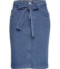 j90 wichita knälång kjol blå boss