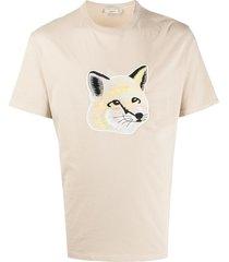 maison kitsuné fox head appliqué t-shirt - neutrals