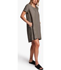 linen back pleat shift dress