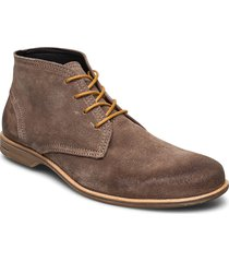 fall mid suede shoe desert boots snörskor grå sneaky steve