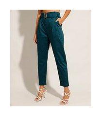 calça carrot cintura alta alfaiataria com cinto azul
