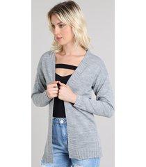 capa feminina longa em tricô com lurex cinza mescla