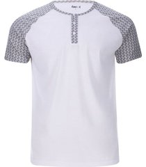 camiseta descanso con pechera color blanco, talla m