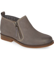 women's hush puppies 'mazin cayto' bootie, size 8.5 m - grey
