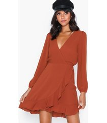 ax paris v neck flounce dress loose fit