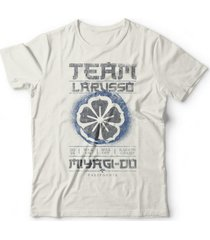 camiseta team larusso off-white