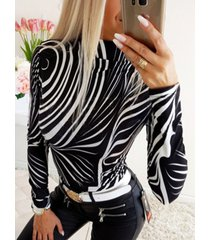 camiseta de manga larga con cuello gargantilla de cebra negra