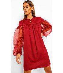 gesmokte jurk met hoge kraag en organza mouwen, berry