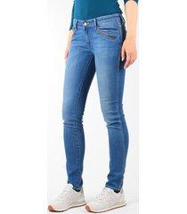 skinny jeans wrangler jeansy courtney skinny w23sjj58v