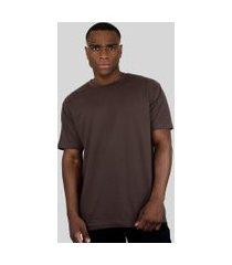 camiseta action clothing básica marrom