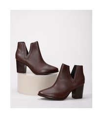 bota feminina ankle boot cano curto salto grosso médio bico fino com recorte beira rio marrom escuro