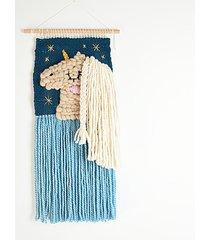 makatka, dekoracja ścienna jednorożec