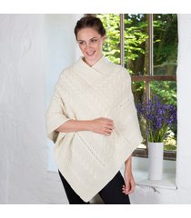 ladies aran cable knit poncho cream medium/large