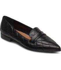 alexandra black quilted leather loafers låga skor svart flattered
