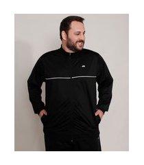 jaqueta plus size esportiva ace com bolsos e vivo contrastante gola alta preta