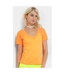camiseta flora zuu neon feminina