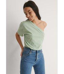 trendyol t-shirt med en axel - green