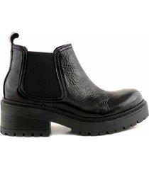 bota negra briganti