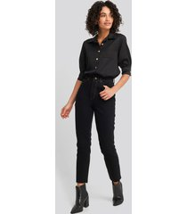 trendyol high waist mom jeans - black