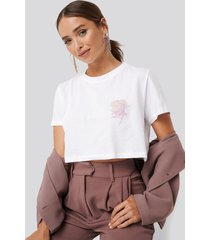 na-kd flower cropped tee - white