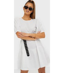 only onlkarla s/s puff short dress wvn loose fit dresses