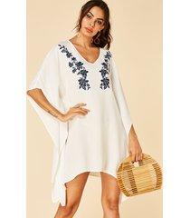 yoins vestido blanco de media manga con dobladillo curvo y estampado floral