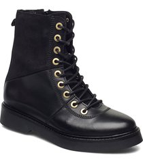 stb-billie high lace l shoes boots ankle boots ankle boot - flat svart shoe the bear