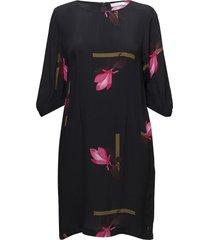 dress w. mokuren print kort klänning svart coster copenhagen