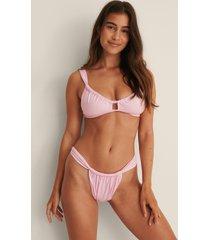 na-kd swimwear återvunnen bikiniunderdel med rynk fram - pink