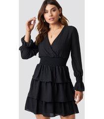 trendyol frilly midi dress - black