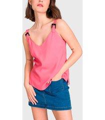 blusa io lisa con hebillas rosa - calce regular