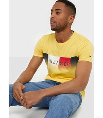 tommy hilfiger th cool hilfiger fade tee t-shirts & linnen yellow