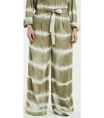 calça pantalona estampada tie dye curve & plus size