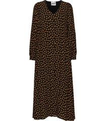 veneda maxi dress knälång klänning svart just female