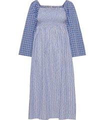 avanee knälång klänning blå baum und pferdgarten